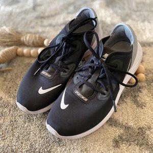 Nike Hakata Tennis Shoes